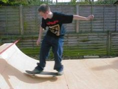 How to build a mini ramp shed Half Pipe Plans, Mini Ramp, Skateboard Ramps, Quad Skates, Skate Board, Skate Surf, Ron Swanson, Outdoor Recreation, Scooters