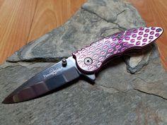 Femme Fatale Kisses Pink Spring Assisted folding Knife - 009PK