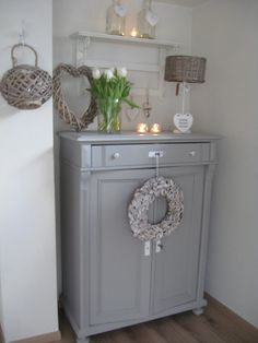 """super search results for """"restore shabby furniture"""" – Home Decoration Shabby Chic Furniture, Painted Furniture, Decoration Shabby, Vintage Shabby Chic, French Country Decorating, Home Design, Design Ideas, Furniture Makeover, Living Room Decor"""