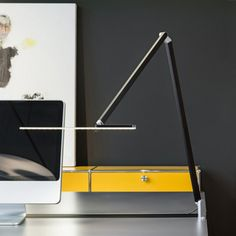 Nimbus I Roxxane Office I Tischleuchte I Desk luminaire I Design I Office I Rupert Kopp I http://nimbus-lighting.com/en/products/families/roxxane/roxxane-office
