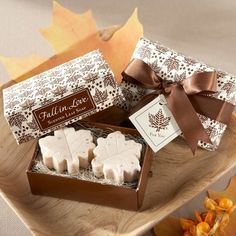 Fall in Love Leaf-Shaped Soaps Wedding Favors | Soap Wedding Favors