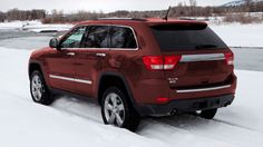 Plan a Grand Cherokee all-weather adventure. Choose from three capable available 4WD systems: and Quadra-Trac I®, Quadra-Trac II® and Quadra-Drive® II.