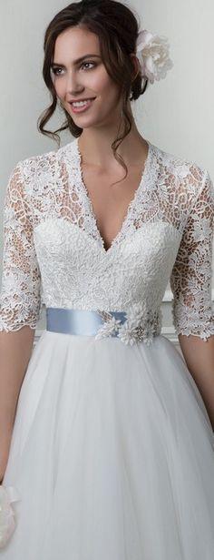 Svadobné šaty svadobny salon valery (3) Maternity Wedding, Pregnant Wedding Dress, Salons, Wedding Dresses, Lace, Fashion, Weddings, Bride Dresses, Moda