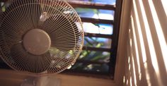 24 Tricks to Survive Hot Summer Nights (Without AC) !