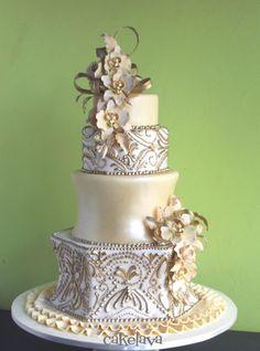 Espero que la torta sea grande y delisiosa.