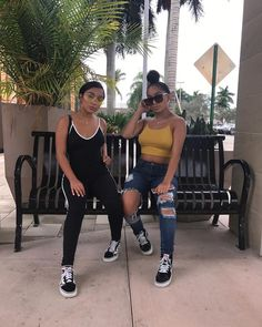 """137.4k Likes, 2,741 Comments - SiAngie Twins (@siangietwins) on Instagram: """"Off guards"""""""