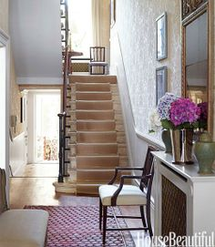 a hint of radiant orchid.. entryway.