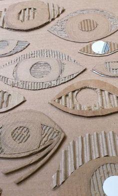 the art room plant: Cardboard Drawing, Cardboard Printing. - Printmaking for Kids - the art room plant: Cardboard Drawing, Cardboard Printing. Cardboard Sculpture, Cardboard Crafts, Cardboard Relief, Cardboard Design, Painting Cardboard, Classe D'art, How To Make Drawing, School Art Projects, Diy Projects