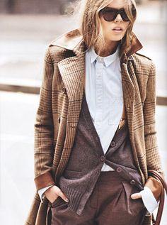 Wanted : un long manteau en tweed ultra masculin (photo Marie Claire 2011)