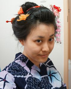 Nihon-gami ~traditional hairstyle of Japan ~ wearing kimono and obi.  自分で日本髪っぽく結っています。全て地毛です。はじめて結ってみた時の写真。結い方はブログに。I did my hair in Japanese style! It does look so KaWaIi !