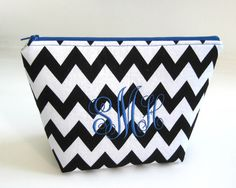 personalized cosmetic bag // makeup bag // personalized makeup bag // monogramed bag // bridesmaids gift // cosmetic bag // Sorority bag
