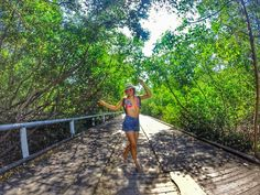 "Estreando uma série de: ""Como eu me sinto:"" - Quando chega a quinta feira! Hahaha #tbt #photooftheday #pagevibe #conexaovibe #fotosrootsvibe #followthesun #naturevibes #viverbemporai #vivasimples #amazing #napagevibe #gopro #goprohero #usegopro #30tododia #almasolar #euvounajanela #adoro_viajar #picoftheday #beachstyle #trippics #trip #piauí by lailaraquelso"