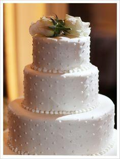 A Pretty Polka Dot Wedding Cake
