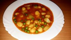 Egy finom Zöldségleves krumpligombóccal ebédre vagy vacsorára? Zöldségleves krumpligombóccal Receptek a Mindmegette.hu Recept gyűjteményében! Chana Masala, Ethnic Recipes, Food, Essen, Meals, Yemek, Eten
