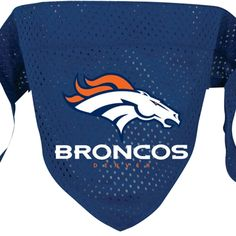 Size: SmallLet everyone know which NFL team you and your four-legged friend support with this Denver Broncos mesh team bandana!Dog bandana features a sewn in lo Denver Broncos Super Bowl, Denver Broncos Logo, Go Broncos, Paws And Claws, Dog Boutique, Dog Bandana, Dogs And Puppies, Doggies, Nike Free