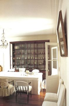 great space and awesome china cabinet