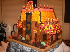 Haunted Gingerbread House by Unskinny Boppy Halloween 2016, Halloween Town, Halloween Gingerbread House, Gingerbread Houses, Spook Houses, Trunk Or Treat, Like Chocolate, Birthday Treats, Candy Corn