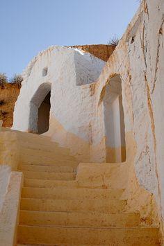 مطماطة (maṭmaṭa) by © new weird, via Flickr.com