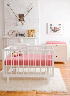 Oeuf - Sparrow Crib at 2Modern with free shipping!