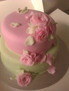 vintage wedding  Cake by tiger
