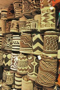 Truly Pieces of art! Colombian sheep wool bags handwoven by Arhuac Indigenous from La Sierra Nevada de Santa Marta - COLOMBIA