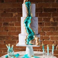 Die Edelstein Hochzeitstorte ist 2019 der Trend auf jeder Hochzeit und wird allen Gästen in Erinnerung bleiben, wetten?
