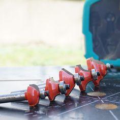 1 set freze profilate pentru maşina de frezat de sus.😬😬 👉Articol nr 8754000👈  #atelier #casa #scule #renovare #DIY  #homedecor #wolfcraft_romania Wolf, Craft, Diy, Milling, Casket, Atelier, Accessories, Creative Crafts, Bricolage