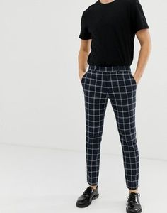 Shop River Island skinny fit smart trousers in navy check at ASOS. Checked Trousers Outfit, Mens Dress Pants, Men Dress, Pants Outfits, Men's Pants, Dress Trousers, Boys Pants, Latest Fashion Clothes, Fashion Pants