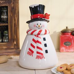 Snowman Cookie Jar - OrientalTrading.com #christmaswishlist