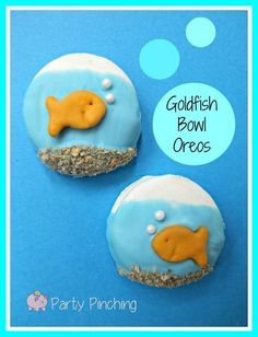 Goldfish Bowl Oreos - Party Planning - Party Ideas - Cute Food - Holiday Ideas -Tablescapes - Special Occasions And Events - Party Pinching Goldfish Party, Goldfish Crackers, Goldfish Bowl, Goldfish Cake, Fish Cookies, Oreo Cookies, Oreo Pops, Fun Snacks For Kids, Kids Meals