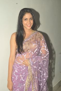When the dimpled beauty Lavanya Tripathi made her Telugu debut with the heart touching romantic drama Andhala Rakshasi, Lavanya's character got more depth with the endearing voiceover given by popular singer cum dubbing artist, Chinmayi. Traditional Sarees, Traditional Dresses, Lavanya Tripathi, India People, Indian Sarees, Indian Outfits, Indian Beauty, Bollywood Actress, Indian Actresses
