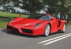 5-Apr-2013 15:09 - VRIMIBOLIDE: ENZO FERRARI. Vrijdag, tijd voor de vrimibo. Bitterballen erbij, blokjes kaas, drankje in de hand en praten met collegas over autos. Zo ga je nog lekkerder het weekend in. Om jullie daarbij te helpen presenteren we elke vrijdagmiddag de VriMiBolide, de auto die de tongen los moet maken tijdens de vrijdagmiddagborrel. Deze week: de Enzo Ferrari!