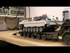 ▶ Büffel und Franziska Teil 3 ... recovery tank and tank transporter RC in 1/35 - YouTube