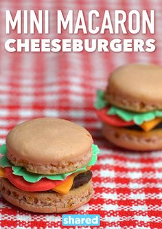 Mini Macaron Cheeseburgers