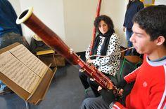 La célebre fagotista Kim Laskowski ofreció una Master Class a alumnos de la Escuela Universitaria de Música en el marco del Mes de la Música Estadounidense, que organiza la Embajada entre junio y julio.     Más en http://spanish.uruguay.usembassy.gov/americanmusicmonth.html