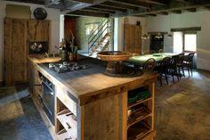 Keuken in De Molen. Ontwerp Piet Hein Eek. Made by Jan van Lunteren.