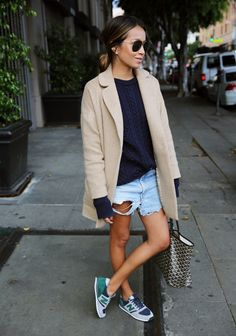 Too Good: 12 Outfit Ideas That Are Next-Level Stylish : Sincerely Jules wears the perfect spring outfit in a navy sweater, cut-offs, and classic camel blazer Mode Outfits, Casual Outfits, Mode Style, Style Me, New Balance Outfit, Pijamas Women, Sincerely Jules, Outfit Trends, Dress With Sneakers