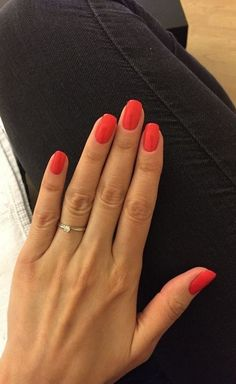 Beauty Nails – DIY nail designs # nail polish # gel nails # nail design # nail designs take a look at The Top 30 Trending Nail Art Designs Of All Season. Coral👌🏼 # nagelkär # nagelförlängning 39 cute simple nail polish art designs for summer – Fashion … Cute Nails, Pretty Nails, Pretty Nail Colors, Nail Courses, Manicure E Pedicure, Red Manicure, Nagel Gel, Professional Nails, Nails Inc