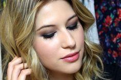http://niinasecrets.com.br/2015/maquiagem-e-cabelo-da-hanna-de-pll/