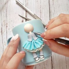 1 million+ Stunning Free Images to Use Anywhere Polymer Clay People, Cute Polymer Clay, Polymer Clay Dolls, Polymer Clay Flowers, Polymer Clay Creations, Polymer Clay Crafts, Polymer Clay Jewelry, Clay Cup, Clay Ornaments