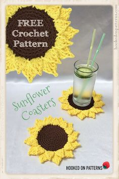 Free Summer Sunflower Coasters Crochet Pattern by Hooked On Patterns Brighten up your home with my fun Sunflower coasters crochet pattern FreeCrochetPatterns Crochet coasters Sunflower EasyCrochet Crochet Kitchen, Crochet Home, Crochet Gifts, Easy Crochet, Knit Crochet, Hooked On Crochet, Funny Crochet, Crochet Summer, Thread Crochet