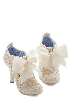 Irregular Choice Strut You Wanted Heel in Ivory | Mod Retro Vintage Heels | ModCloth.com