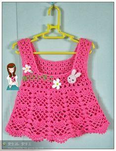 Beautiful crochet dress in pink with teddy bears made in crochet pattern - free step by step - Crochet/Knitting Crochet Dress Girl, Crochet Baby Dress Pattern, Baby Dress Patterns, Baby Girl Crochet, Crochet Baby Clothes, Crochet Patterns, Crochet Toddler, Crochet For Kids, Knit Crochet