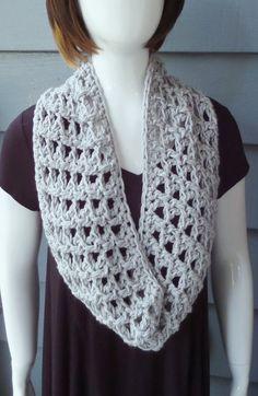 Crochet cowl rose corsage pattern c 085 crochet pattern daisy cowl chunky70 yards fandeluxe Gallery