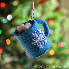 Holiday Stitch-along Ornament #2: Hot Chocolate - betz white