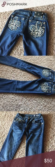 Miss me jeans bootcut waist 26 Worn less than 5 times great condition just don't fit anymore! Miss Me Jeans Boot Cut