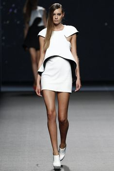 Amaya Arzuaga  - Primavera-verano 2015 - Mercedes Benz Fashion Week Madrid