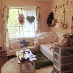 女性で、1Kの一人暮らし/100均/ソファ/ベッド周りについてのインテリア実例を紹介。(この写真は 2016-06-02 21:23:06 に共有されました)