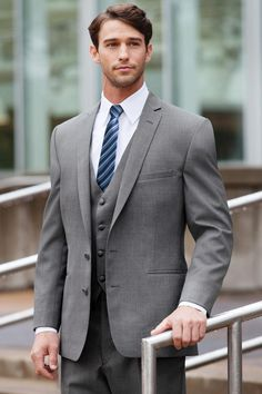 2015 Custom Made Groom Tuxedo Gray Suit Peaked Lapel Best man Groomsman Men Wedding/Prom Suit Business Suit Jacket+Pant+vest+tie. Slim Fit Tuxedo, Slim Fit Suits, Tuxedo Suit, Wedding Suit Rental, Grey Suit Wedding, Budget Wedding, Mens Fashion Suits, Mens Suits, Male Fashion