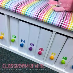 Love this Leveled Book Boxes / classroom seating! Awesome, inexpensive and effective classroom set up ideas!